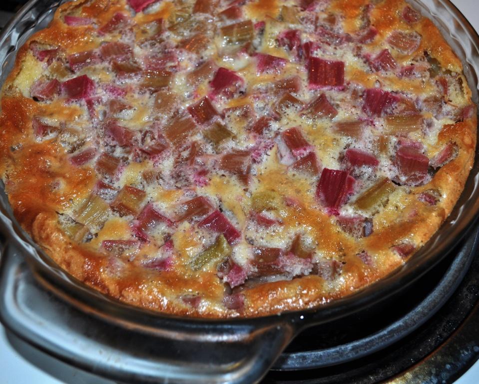 Grandma H.'s Rhubarb Torte Recipe