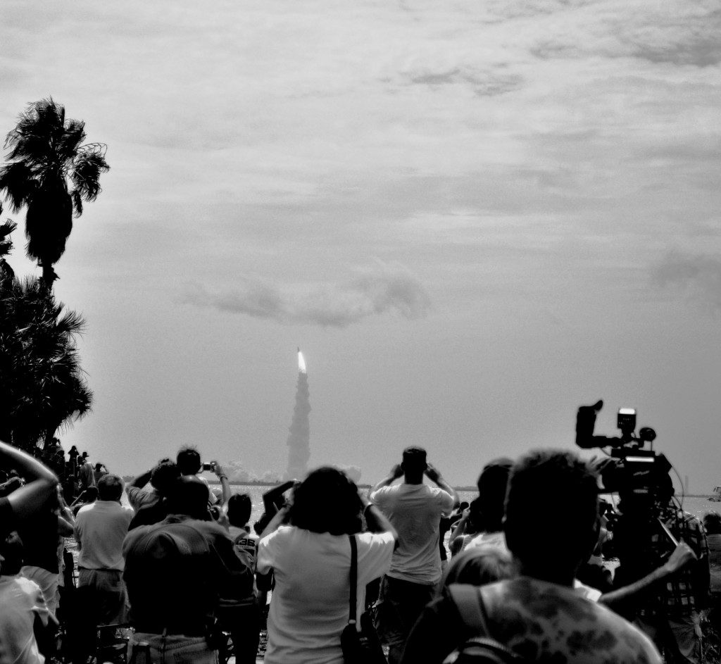 Wordless Wednesday: Final Space Shuttle Landing, July 21, 2011