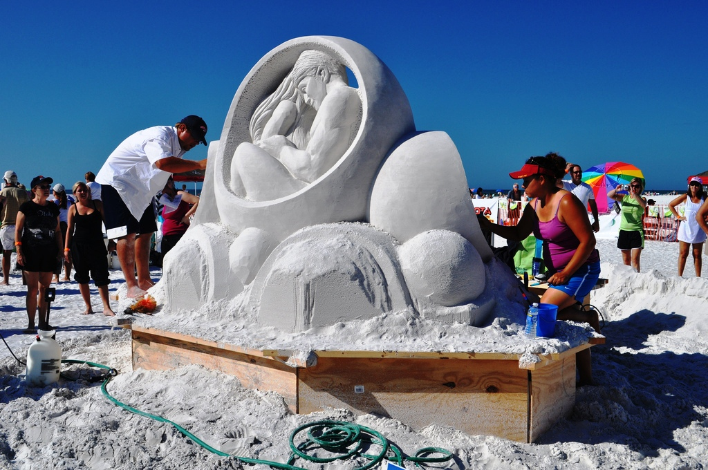 Siesta Key Crystal Classic Sand Sculpting Competition Returns for Second Year, Nov. 10 – 14, 2011