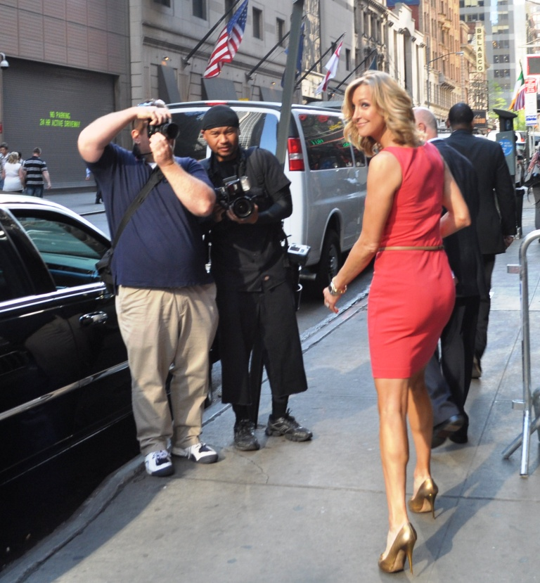 Lara Spencer, Good Morning America, April 17, 2012
