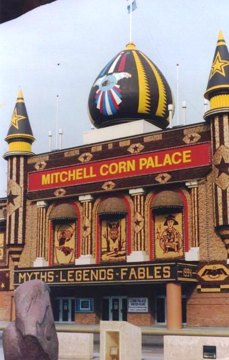 Mitchell Corn Palace, Mitchell, S.D., April 1994