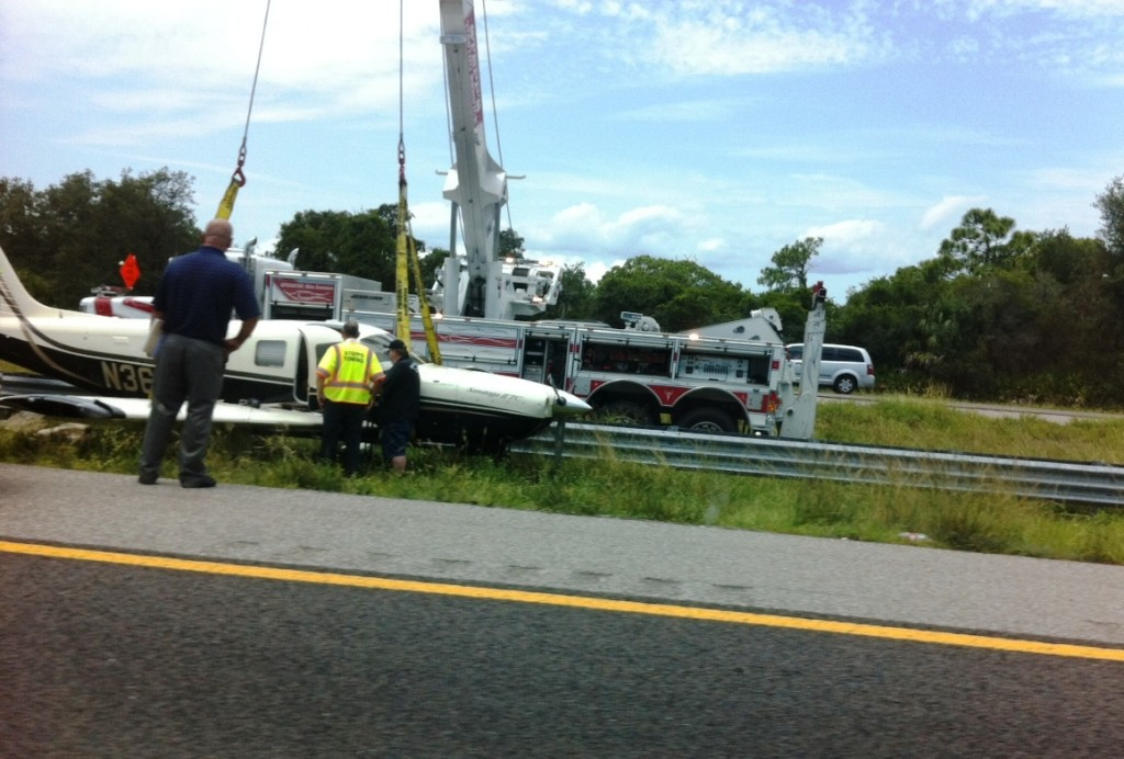 Unexpected Traffic Delay Caused by Small Plane Landing in I-75 Medium Near Tampa