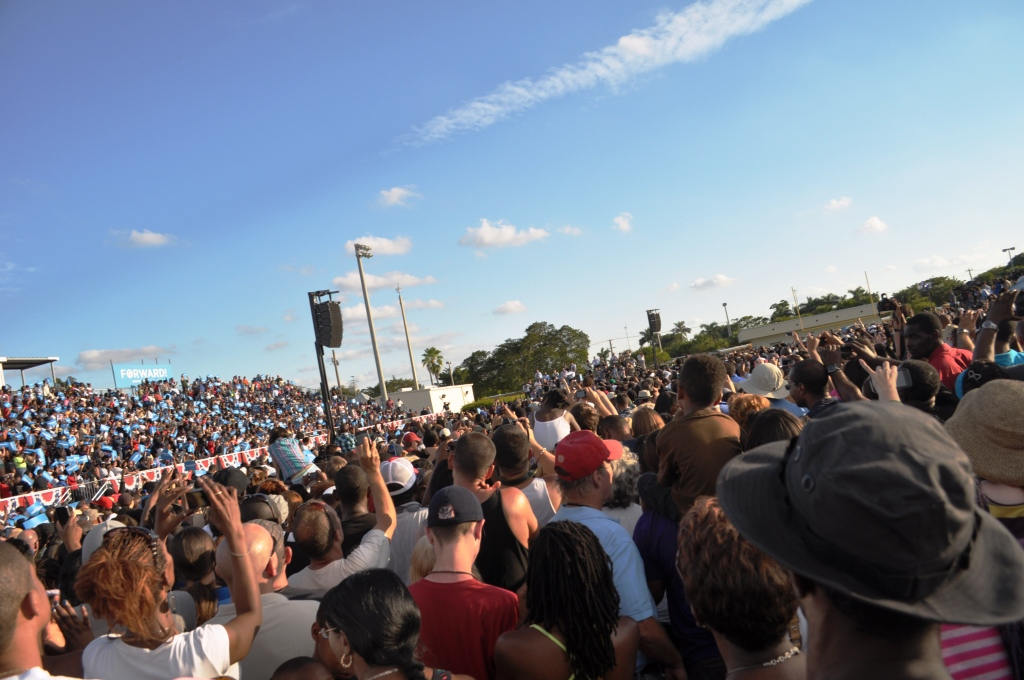 President Obama is on that Stage...Somewhere. Hollywood, Fla., Nov. 4, 2012
