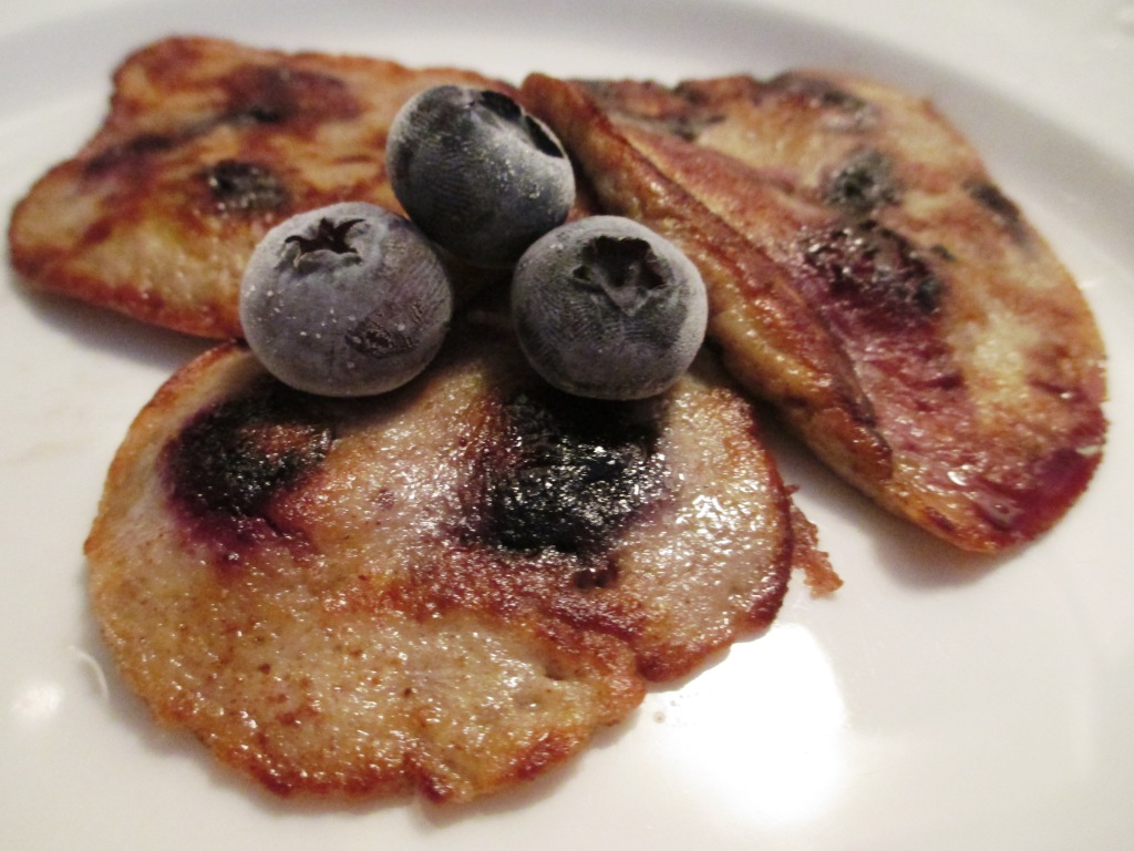 Four-Ingredient Pancake - Banana, Blueberries, Eggs and Cinnamon