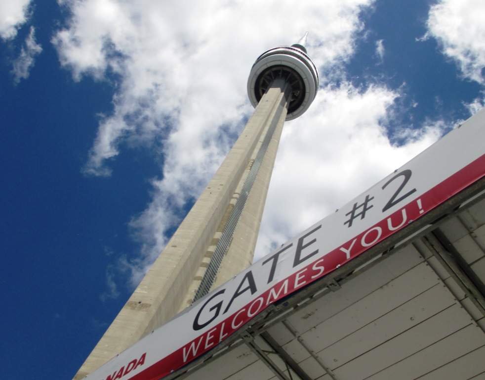 Travel to Toronto: Scared of the CN Tower's Glass Floor
